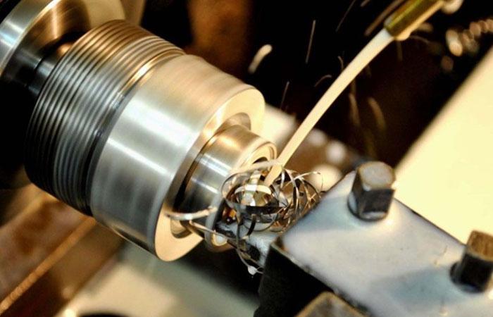 Токарно-фрезерная-обработка-металла